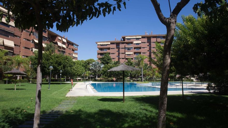 Pueden usar los turistas la piscina comunitaria